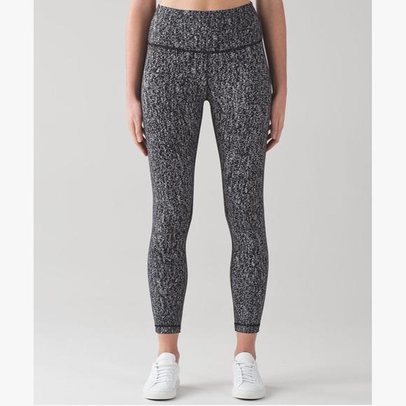 8cdf771547556 lululemon athletica Pants - Lululemon Black and White Speckled CROPPED Pants