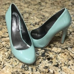 Jessica Simpson green Heels Pumps