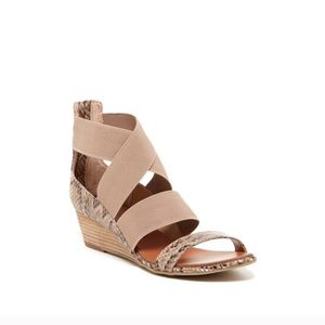 Chinese Laundry Kido Gore Python Strappy Sandals