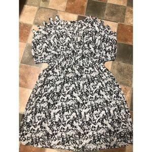 Dresses & Skirts - Plus size torrid skull dress!