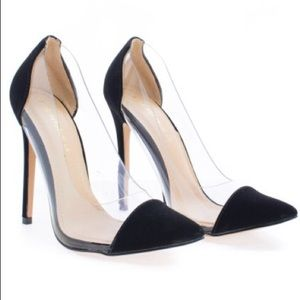 Gwen by Shoe Republic, Seamless Pointy Toe Pumps