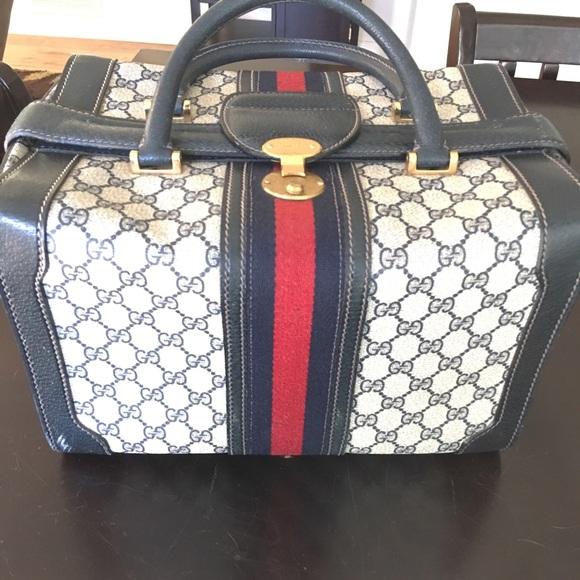 6d07ad6610d56 Vintage Gucci Train Case/Bag