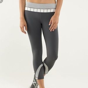 Lululemon athletic luxtreme run wunder under crops