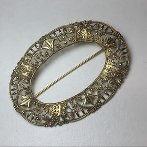 Jewelry - Vintage Filigree Gold Tone Oval Pin Brooch Classic
