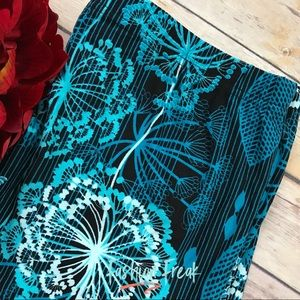 Wild Flower Butter Soft Leggings Black Teal White