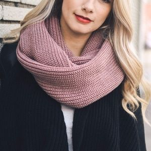 Muave Ribbed Knit Infinity Scarf