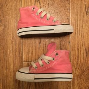 [Converse] All Star Pink Hi (gently used) Size 5