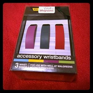 Set of 3 accessory wristbands.