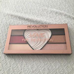 Makeup Revolution Love Palette