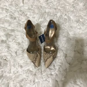 New women's shoes