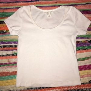 White forever21 crop top