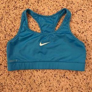 Nike M 💙