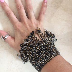 Shake it baby! Flow bead boho bracelet