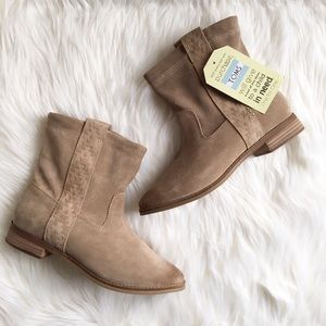 NEW Toms Suede Tan Laurel Ankle Boot Size 7.5