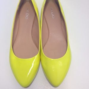 Neon Yellow Patent Leather Flats SZ 8