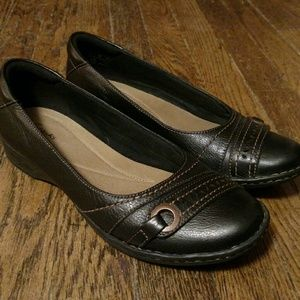 Clarks Collection Slip On Loafers Size 9M