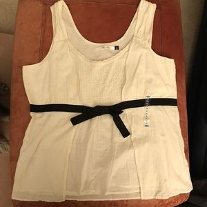 Ivory/cream woven top Old Navy  NWT