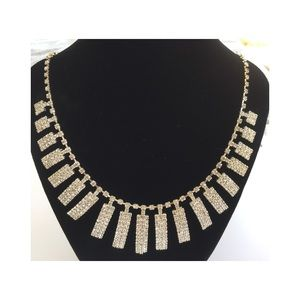 Gorgeous crystal necklace
