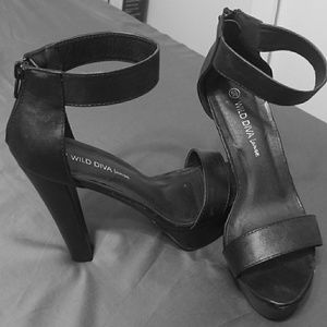 Black strap heel worn once
