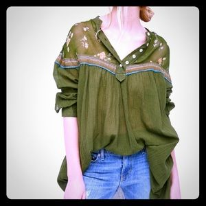 Free People - hearts and colors top (green)