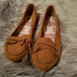 Cute Brown fringe flats