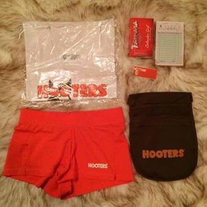 AUTH XS Hooters Unform