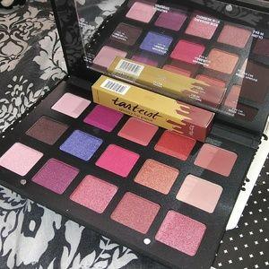 Bundle one palette nd lip paint