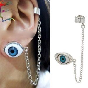Eye See You Earcuff