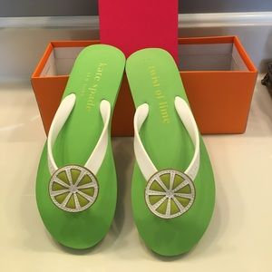 Brand new Kate spade thin flip flop/size 6