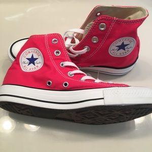 Brand new Converse/size men5/women7