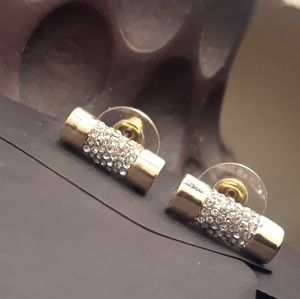 gold toned barrel fashion earrings