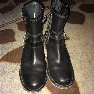 Authentic Uggs leather combat moto boots