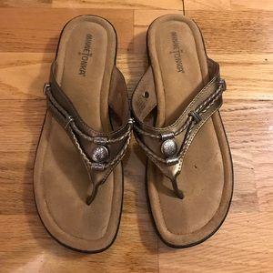 Minnetonka Silverthorne Leather Flip Flops - 8