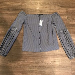NWT EXPRESS OFF THE SHOULDER BLOUSE