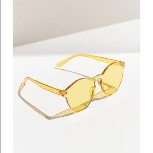 Urban outfitters yellow sunglasses