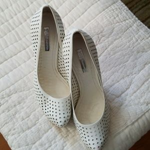 BCBGeneration white 3 inch heels