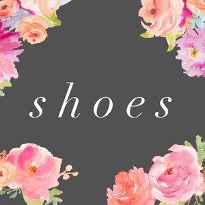 Shoes - Shoes! Sizes 8-9!