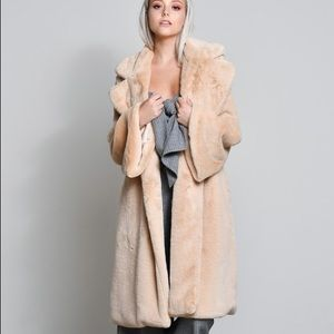 🆕Rosa Bell Sleeve Nude Vegan Faux Fur Jacket Coat
