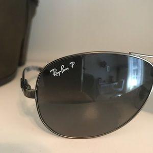 Polarized ray ban sunglasses size small