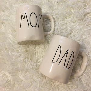 Set of 2 Rae Dunn Mugs; Mom and Dad NWT!