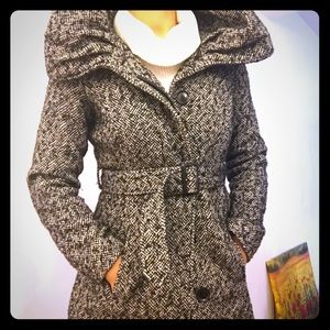 Oversized Collar Houndstooth Peacoat