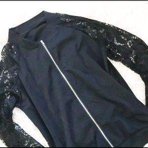 NWOT Lacey sleeve lightweight jacket