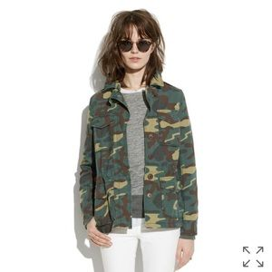 Madewell outbound jacket in camp size small