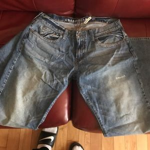 Guess rebel straight leg jean size 38