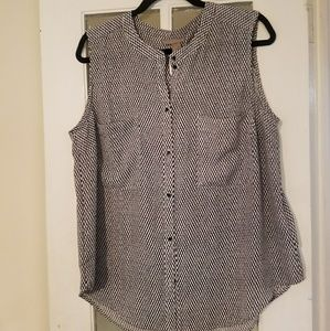 H & M Plus banded collar camisole NWT 16