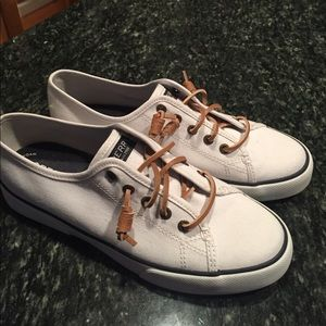 Sperry Seacoast white size 8