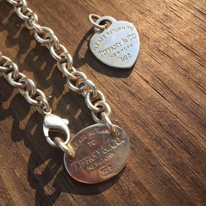 Authentic Tiffany and Co. necklace w heart charm