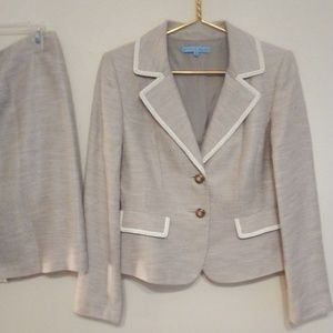 Antonio Melani Tweed Suit 6