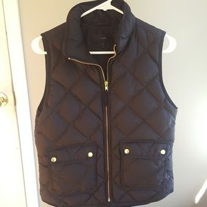 J. Crew black excursion vest