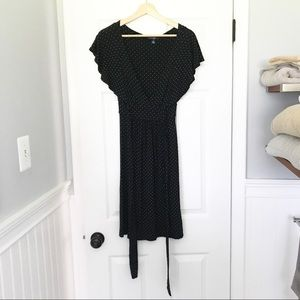 Gap XS Black polkadot short sleeve midi dress